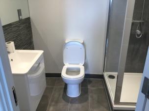 12. Second flat bathroom