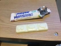 27. Milkybar Wowsomes White 1