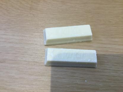 18. Kit Kat Minis White 2