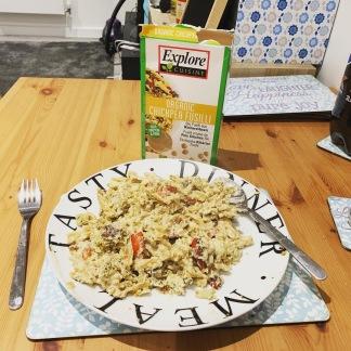 Chickpea pasta falafel houmous 1