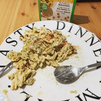 Chickpea pasta falafel houmous 2